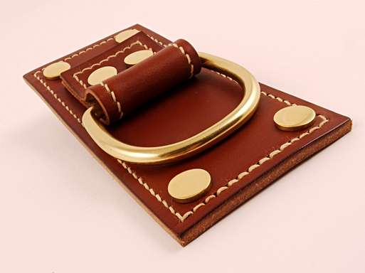 LEATHER & BRASS RING PULL